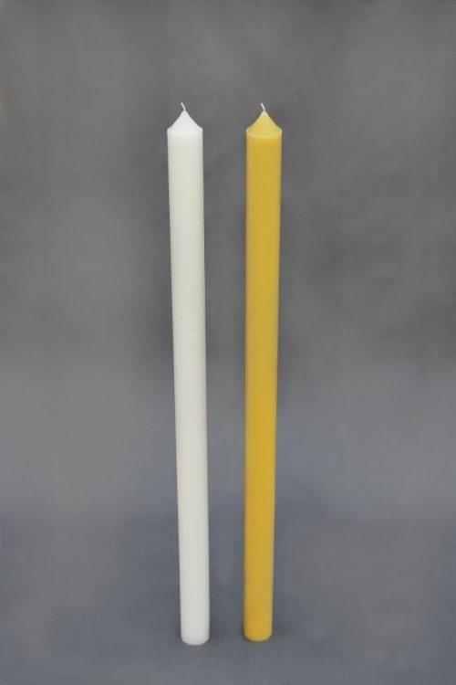 """geltonos arba baltos spalvos žvakė """"kūginis cilindras"""", diametras 50 mm, aukštis 950 mm. Pakuotėje 4 vnt."""