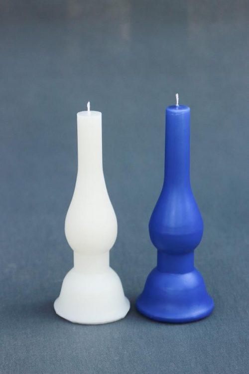 """Baltos ir mėlynos spalvos žvakė """"Lempa"""", aukštis 220 mm. Galimi būti nudažyti įvairiomis spalvomis."""