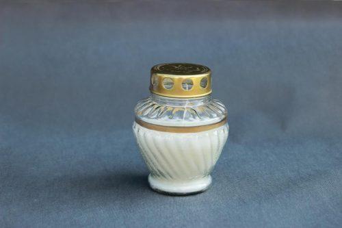 kapų žvakė L-68 dekoruota auksine juostele, dega 76 val. , pakuotėje 8 vnt.