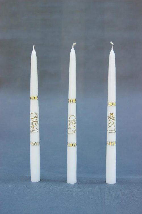 Krikšto ir komunijos tradicinė žvakė su mergaite, berniuku ar angeliuku, plastikiniame maišelyje.